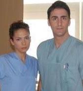 Bekir Aksoy ve Melike Güner'in aşkı Doktorlar'ın setinde başladı.