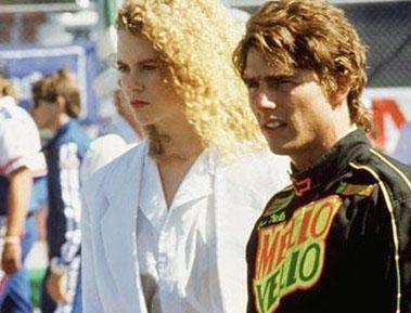 Nicole Kidman ve Tom Cruise'un ilişkisi Days of Thunder (Fırtına Günleri) adlı filmin setinde başladı. Evlendiler ve 8 yıl önce boşandılar.