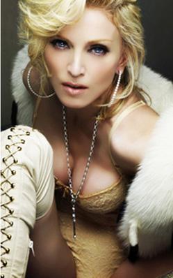 Madonna 53 yaşında ve bir çok akranına göre çok bakımlı, çok güzel.