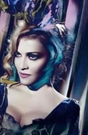 Madonna photoshop'tan en çok yararlanan yıldızlardan biri.