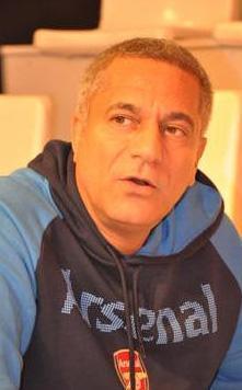 Mehmet Ali Erbil de kumar tutkunu olan ünlülerden.