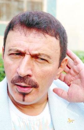 Topaloğlu bir kaç kez kumar operasyonlarında gözaltına alındı sonra serbest bırakıldı.