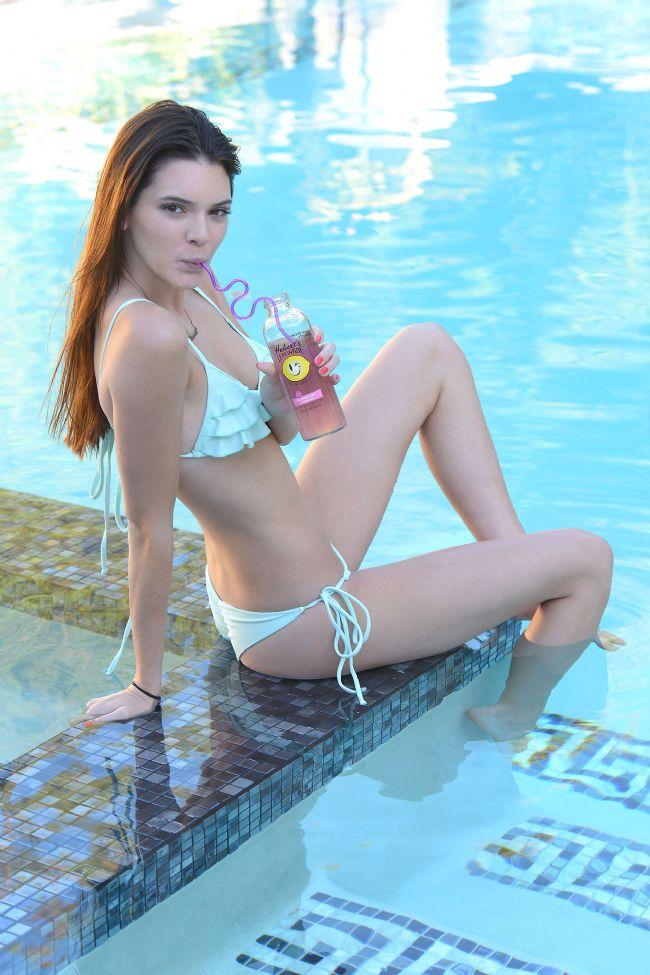 Kendall Jenner - 5