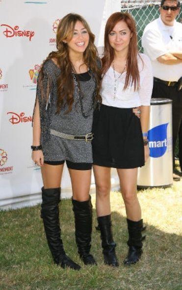 Miley Cyrus and Brandi Cyrus