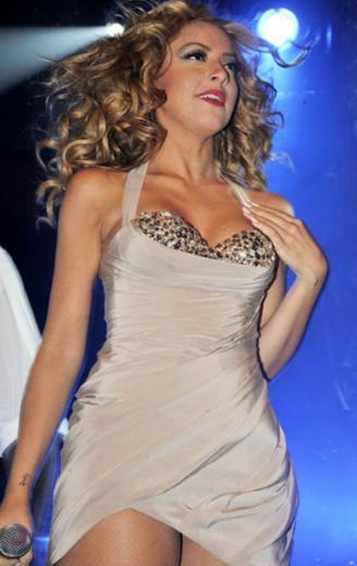 Hadise, konserler ve ekstralara bakıldığında Türkiye'nin en çok kazanan ünlülerinden biri.
