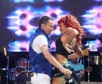 Türk pop müziğinin en üretken besteci ve yorumcularından biri Serdar Ortaç.