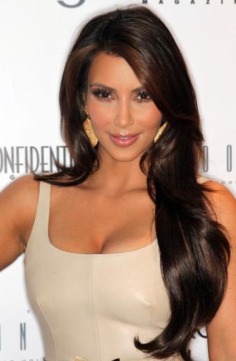 Ama Kardashian bu işten bile kasasını doldurmayı bildi. Satışa çıkarılan kasedin gelirinden pay almayı başardı.