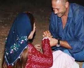 Sette evlilik teklifi  İpek Tuzcuoğlu kısacık bir süre içinde rol arkadaşından evlenme teklifi aldı, kına gecesi yaptı ve nikah masasına oturdu.