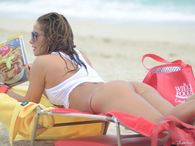 Jennifer Nicole Lee - 25