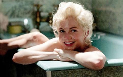 Marilyn Monroe'yu canlandırdığı son filmiyle de pek çok kişiyi kendine hayran bıraktı.