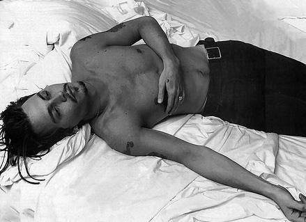 Ünlüler yatakta - 64