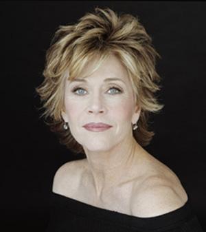 """JANE FONDA  Bir zamanların ünlü yıldızı Jane Fonda, """"Daha esnek olduğum gençlik dönemlerimde diz üstü pozisyonları severdim, ancak şimdilerde altta veya ata biner gibi üstte olduğum pozisyonları seviyorum"""" dedi. Ünlü yıldız diz üstü pozisyonunu rahat bulmadığını söyledi."""
