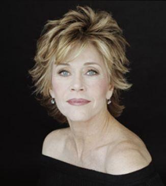 """Jane Fonda   Bir zamanların ünlü yıldızı Jane Fonda, """"Daha esnek olduğum gençlik dönemlerimde diz üstü pozisyonları severdim, ancak şimdilerde altta veya ata biner gibi üstte olduğum pozisyonları seviyorum"""" dedi. Ünlü yıldız diz üstü pozisyonunu rahat bulmadığını söyledi.  Kaynak: Milliyet"""