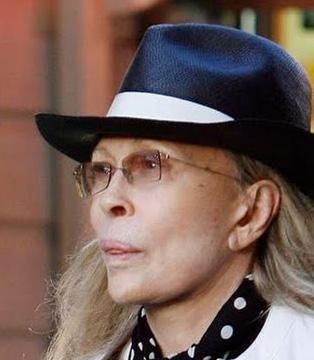 Peki çok gençken oynadığı bir filmle efsaneler arasına giren bu kadını tanıdınız mı..