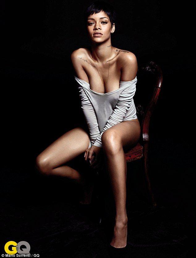 Bikinili Rihanna - 86