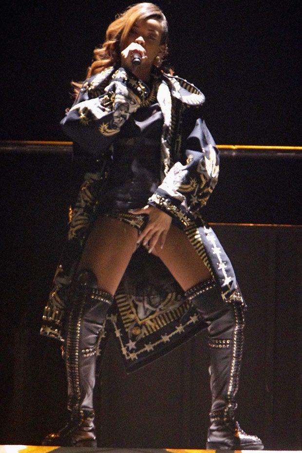 Bikinili Rihanna - 69