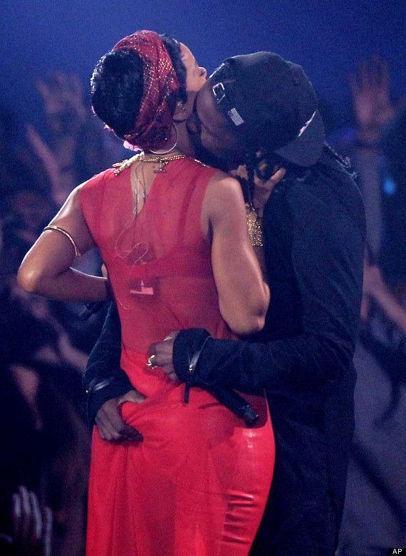 Bikinili Rihanna - 101
