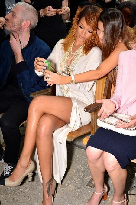 Bikinili Rihanna - 43