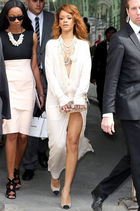Bikinili Rihanna - 48