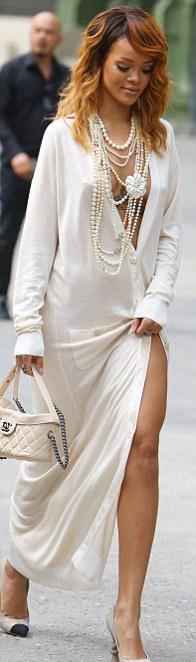 Bikinili Rihanna - 37