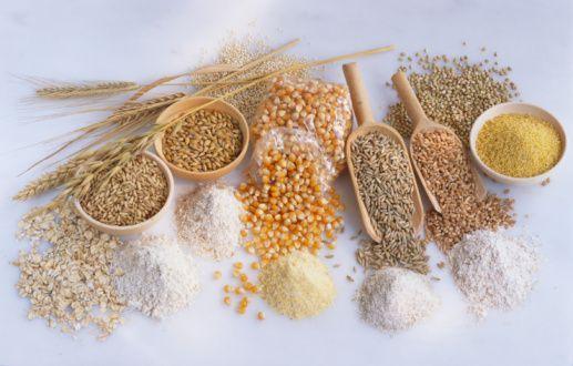 Magnezyum   Neye yarar?: Kalbi korur ve kan basıncını düşürür.   Dozu: 31+: Erkeklerde 420 mg, kadınlarda 320 mg.   Kaynak besinler: Yeşil yapraklı sebzeler, fıstık, ceviz, tam tahıllardan yapılan spagetti, tahıllar ve baklagiller.