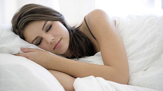 8. Yorgunluğumu nasıl giderebilirim?   Vücudunuzun vereceği sinyallere kulak verin. Yorgun olduğunuz zaman uykunuzu yeterince iyi almaya özen gösterin ve kendinizi rahatlatan şeyler yapın. Önemli: Arada bir hiçbir şey yapmamayı da deneyin. Sadece oturun ve düşüncelerinizle baş başa kalın.