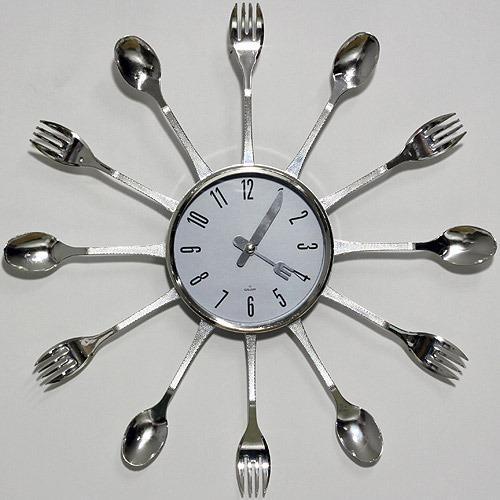 Alışılmışın dışında bir saate ne dersiniz?  Fiyat aralığı:50-100 TL