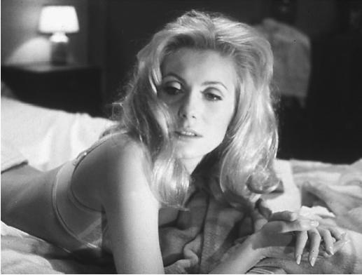 Sévérine Serizzy'nin burjuva yaşamından sıkılıp kendini 'Gündüz Güzeli' olarak tanıtmaya, geceleri kimlik değiştirmeye yönelmesinin adresi.
