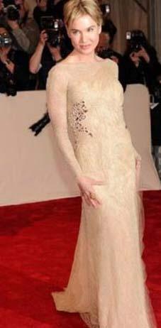 Renee Zellweger 41 yaşını geride bıraktı ama kendine çok iyi bakıyor. Bu fotoğrafta da kusursuz görünüyor.