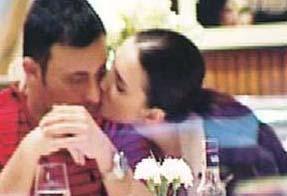 Görünüşe göre Mustafa ve Emina Sandal da birbirlerine ilk günkü gibi aşık.
