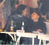 Nurgül Yeşilçay ile Mithat Can Özer'in ilişkisi bu fotoğraf ile ortaya çıkmıştı.