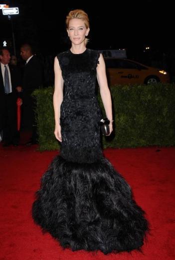 Cate Blanchett yine aşırı zayıf haliyle konuşuldu.