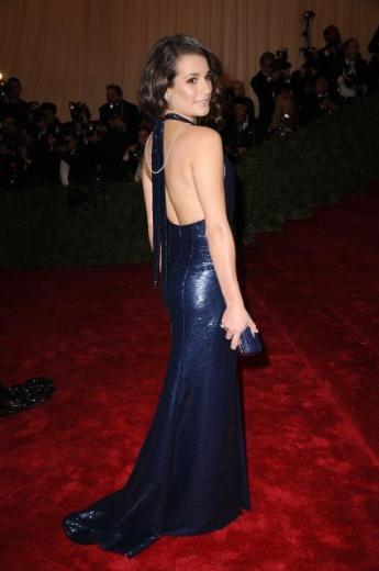 Lea Michelle de gecenin iddialı ünlülerindendi.