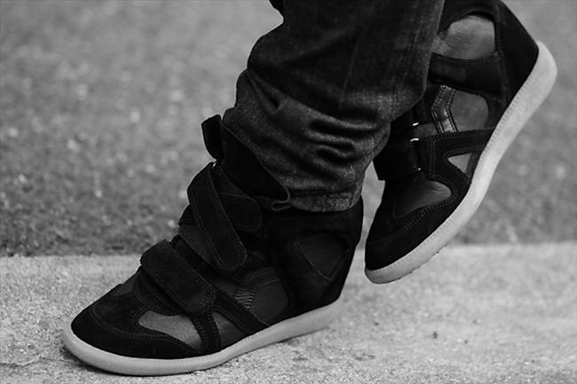 Bakımsız ayakkabılar   Aman ayakkabınızın her zaman boyalı ve cilalı olmasına dikkat edin.