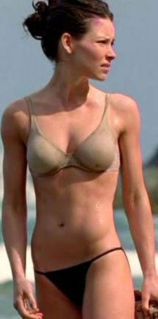 Milyonlarca seyircinin Lost dizisiyle tanıdığı Evangeline Lilly de çekimler başladığında yüzme bilmiyormuş.