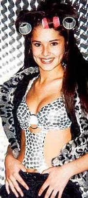 Geçenlerde dünyanın en seksi kadırnı seçilen Cheryl Cole'un 16 yaş hatırası.