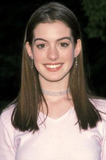 Anne Hathaway 16 yaşındayken