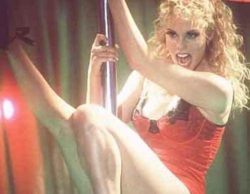 İnternetteki Independent Film Channel beyazperdede son 25 yılın en kötü sevişme sahnelerinin yer aldığı filmleri belirledi. İşte listenin ilk sırasındaki yapımlar.