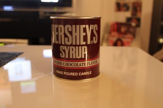 Bu gördüğünüz çikolata değil mum . Ama yaktığınız an çikolatası gibi kokuyor...
