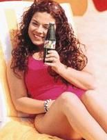 Renda yıllar sonra bir genç kız olduğunda da yine aynı reklam filmi için kamera karşısına geçti.