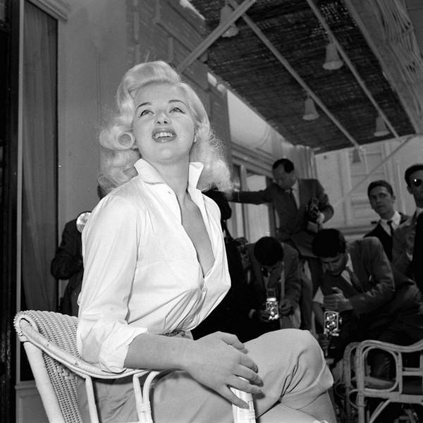 1956: Diana Dors