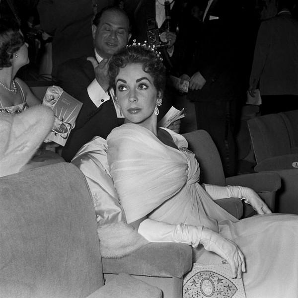 1957: Elizabeth Taylor