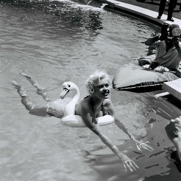 1958: Jayne Mansfield
