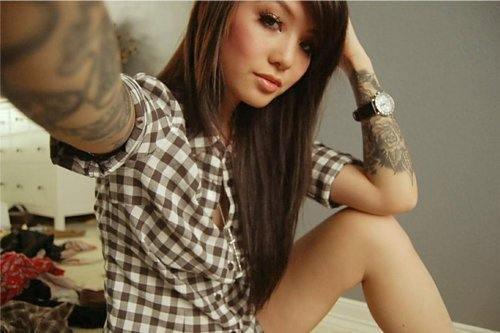 Dövmeli çılgın kızlar - 27