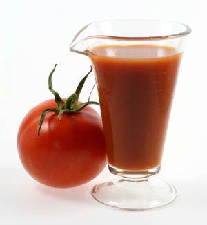 Bir şey içmek istersen asitli içecek yerine acı soslu domates suyunun tadını dene.     Diyet & Fİtness Editörü: Burcunur Yılmaz