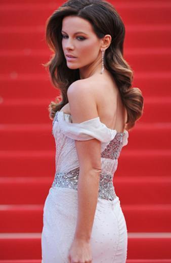 Beckinsale, geçtiğimiz günlerde Women's Health dergisine verdiği röportajda o sahnelerle ilgili soruları cevapladı.