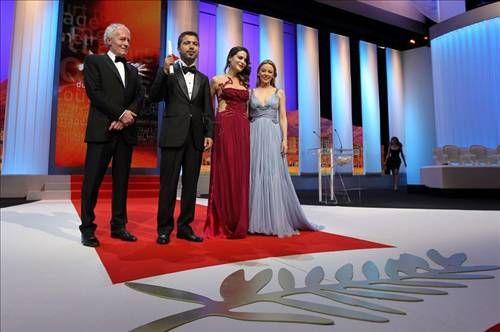 65. Cannes Film Festivali'nde, kısa metrajlı filmler kategorisinde yarışan Türk yönetmen Rezan Yeşilbaş'ın ''Sessiz'' adlı filmi ''Altın Palmiye'' ödülüne layık görüldü.