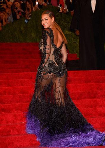 Dünyaca ünlü şarkıcı Beyonce ABD'de verdiği ikinci konserinde hayranlarıyla özel hayatı hakkında konuştu.
