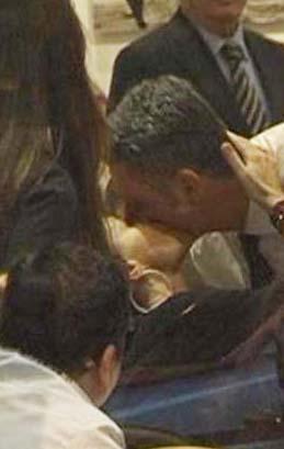 Kimseyi umursamadan öpüşmeleri de olay olmuştu. Ama onlar da yollarını ayırdı.