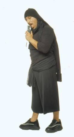 CEM YILMAZ  Komedi denince ilk akla gelen isim olan Cem Yılmaz, 1996 yılında bir dergi için objektif karşısına geçti.